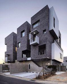 H 1115-7 designed by A.E.A.  Via @lifestyle.interiors ✏️ Gyeongsangnam-do, #SouthKorea @archdose Tag your friends!