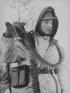 German soldiers with machine gun MG-42 on the Eastern Front.