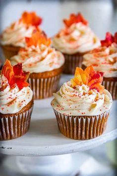 12 Creative Fall Cupcake Ideas You Can Make this Season!