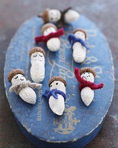 Peanut Snowmen by sweetpaulmag: Adorable! #Holiday_Decorations #Peanut_Snowmen