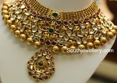 Antique Necklace latest jewelry designs - Page 32 of 332 - Indian Jewellery Designs Antique Jewellery Designs, Indian Jewellery Design, Latest Jewellery, Indian Jewelry, Jewelry Design, Antique Jewelry, Italian Gold Jewelry, Gold Jewelry Simple, Swarovski