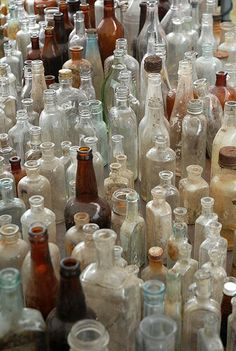Dishfunctional Designs: Glass Bottles: Upcycled & Repurposed As Home DecorYou can find Antique bottles and more on our website. Antique Glass Bottles, Antique Glassware, Bottles And Jars, Glass Jars, Perfume Bottles, Colored Glass Bottles, Mason Jars, Bottle Art, Bottle Crafts