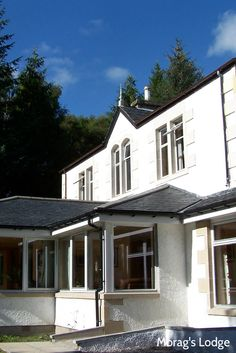Award-winning top quality youth hostel in the charming village of Fort Augustus. An ideal base for exploring Loch Ness and the Great Glen. Perfect for families and groups with top facilities including twin, double and en-suite rooms, a bar with an open fire and regular live music. Great value breakfast and evening meals available or a self-catering optio Fort Augustus, Open Fires, Evening Meals, Hostel, Live Music, Exploring, Catering, Families, Twin