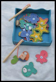 Pajaritos en la Cabeza: septiembre 2013 - Race Tutorial and Ideas Hobbies And Crafts, Diy And Crafts, Crafts For Kids, Kindergarten Art Lessons, Felt Fish, Fuzzy Felt, Kids Magnets, Montessori Toys, Baby Art