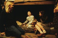 A gallery of The Chronicles of Narnia: The Lion, the Witch and the Wardrobe publicity stills and other photos. Featuring Anna Popplewell, Georgie Henley, William Moseley, Skandar Keynes and others. Narnia Cast, Narnia 3, Narnia Costumes, Edmund Pevensie, Lucy Pevensie, Cair Paravel, William Moseley, Georgie Henley, Cs Lewis