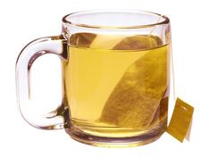Dandruff Douse it with a cup of antioxidant-packed green tea, which will naturally exfoliate dry flakes without dehydrating skin. Steep two bags of green tea in 1 cup hot water for 20 minutes to overnight. Once it has cooled, massage the strong tea into your scalp.