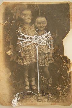 Rossana Taormina,Ritratto di sorelle (persistenza #2), 2011 (filo sintetico su foto d'epoca, cm 9 x 12).  contact: rossana.taormina@gmail.com