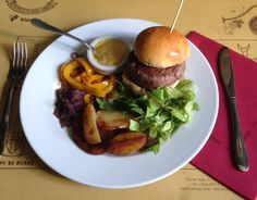 """Bottega del Vino"": L'Hamburger di chianina."