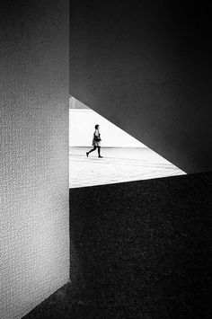 Love this abstract street photography! Black and white street photography, abstract urban photography.