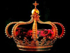 Portugal: This was the last crown worn by Portuguese kings and queens.  The crown was made in 1817 of gold and red velvet. It was made in Rio de Janeiro, Brazil, in Don Antonio Gomes da Silva's workshop for King John VI.