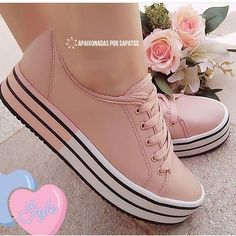 Ideas For Basket Chaussure Femme Trendy Shoes, Cute Shoes, Me Too Shoes, Casual Shoes, Girls Sneakers, Sneakers Fashion, Fashion Shoes, Shoes Sneakers, Aesthetic Shoes