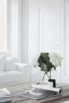 Home Styling - big white hydrangea in the white living room