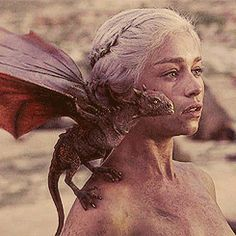 I'm a forest - Game of Thrones meme» one king queen: Daenerys...