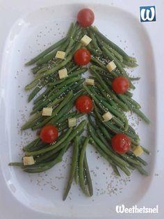 Bijgerecht voor kerst: lauwwarme sperziebonen salade in de vorm van een kerstboom. - Instructies - Weethetsnel.nl #kerst #recepten