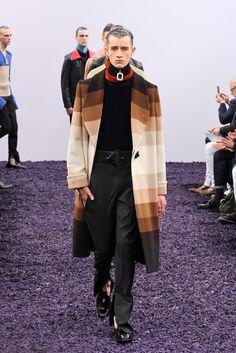 J.W. Anderson - Fall 2015 Menswear - Look 34 of 35
