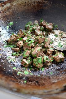 Lamb liver with chilli and cumin Game Recipes, Meat Recipes, Recipes With Beef Liver, Food F, Sweet Bread, Lamb, Main Dishes, Nom Nom, Competition