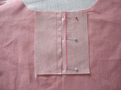 to make 4 of sewing lessons placketHow to make 4 of sewing lessons placket Faça o Curso de Corte e Costura e Aumente Sua Renda de Forma Surpreendente! - Looks like a good method to adjust shoulder width on a pattern. 10 Alternative method for back. Dress Sewing Patterns, Blouse Patterns, Clothing Patterns, Sewing Lessons, Sewing Hacks, Sewing Tutorials, Tailoring Techniques, Sewing Techniques, Sewing Collars