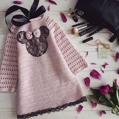 FREE Alpine Stitch video tutorial by Bella Coco Crochet Baby Girl Sweaters, Knitted Baby Clothes, Knitted Baby Blankets, Crochet Bear, Crochet Poncho, Crochet For Kids, Knitting Patterns, Crochet Patterns, Blanket Patterns