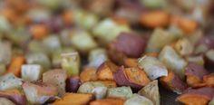 PaleOMG – Paleo Recipes – Rosemary Roasted Apples and Sweet Potatoes  #paleo #dinner #perfectsidedish