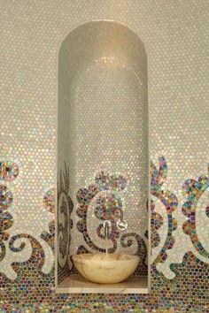 Piastrelle mosaico bagno, disegno multicolor