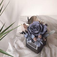 Flower Arrangement, Floral Arrangements, Youtube Design, Preserved Flowers, Dry Flowers, How To Preserve Flowers, Flower Boxes, Business Ideas, Preserves