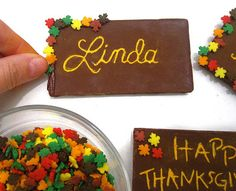 Lindsay Ann Bakes: {VIDEO} DIY Toothpick Engraved Chocolate Bar Thanksgiving Place Cards