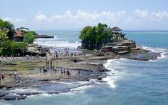 Pura Tanah Lot, Tempel auf Bali © Gudrun Krinzinger Best Of Bali, Hotels, Strand, Water, Outdoor, Last Minute Vacation, Bali Holiday Deals, Exotic, Temples