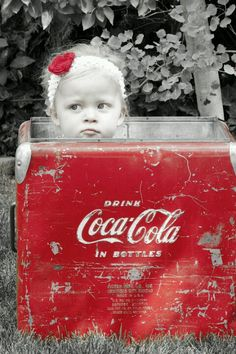 Coca Cola vintage cooler makes a beautiful photo with such a pretty little girl!