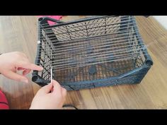 ESKİYEN KIYAFETTEN SÜPERRR GERİ DÖNÜŞÜM RECYCLE DIY - YouTube Weaving Projects, Macrame Projects, Plastic Crates, Dollar Tree Decor, Newspaper Basket, Macrame Plant Hangers, Creation Couture, Diy Ribbon, Diy Recycle