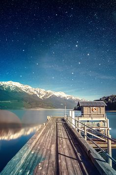 FreeiOS7 - mm10-star-shiny-lake-sky-space-boat-flare - http://bit.ly/1hBypCn - freeios7.com
