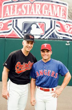 Cal Ripken Jr. con Ivan Rodríguez antes del Juego de Estrellas 1997
