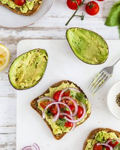 Morning lovelies, I hope you're all having a good start to the week? There was no post from me yesterday as I wasn't feeling myself but I'm back today with some inspiration for #toasttuesday - smashed avo on toast with the sweetest cherry tomatoes and slices of red onion. Simple but soooo good. What's your favourite thing to have on toast?