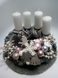 Vánoce, adventní věnec šedo-růžová Table Decorations, Christmas, Diy, Home Decor, Products, Xmas, Decoration Home, Bricolage, Room Decor