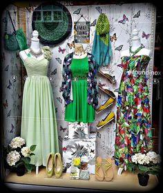 Ladies, green is now the new black! Fashion Displays, Shop Window Displays, Boutique Decor, Boutique Clothing, Charity Shop Display Ideas, Windows Decor, Visual Merchandising Displays, Car Cakes, Shop Fittings