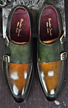 Luxury Italian Handmade Shoes Custom Handmade Leather Shoes for Men is part of Shoes mens - Emillo Santo is the largest manufacturer of handmade men shoes for over 30 years Discover our finest quality handmade leather shoes, loafers, boots, sneakers Me Too Shoes, Men's Shoes, Shoe Boots, Dress Shoes, Shoes Men, Shoes Style, Formal Shoes, Casual Shoes, Casual Outfits