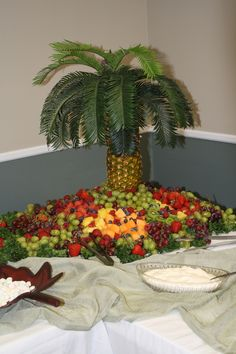 Wedding shower ideas~pineapple fruit tree