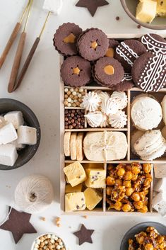 The Ultimate Vanilla Bean Christmas Treat Box — Cloudy Kitchen Christmas Food Treats, Christmas Cookie Boxes, Cakepops, Chocolate Shortbread Cookies, Sweet Box, Holiday Cookies, Cookie Recipes, Sweet Treats, Crack Crackers