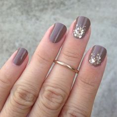 Taupe nails-Love it