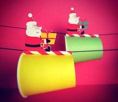 サンタのプレゼント運びリレー クリスマスパーティーのアクティビティ