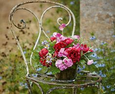 Image for Sweetpea and Nigella Centrepiece from Bloom