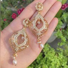 Heart Jewelry, Gold Jewelry, Jewelry Box, Jewellery, Gold Pendant, Pendant Jewelry, Diamond Earrings, Drop Earrings, Gold Earrings Designs