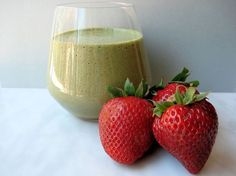 Anti-Aging Strawberry Cucumber Smoothie