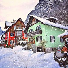 Hotels-live.com/pages/comparateur-hotels.html - Hallstatt Austria photo by @kyrenian by awesomedreamplaces https://www.instagram.com/p/_HNWfgFNkR/