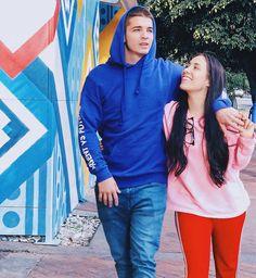 Couple Goals, Relationship Goals, Youtubers, Rain Jacket, Crushes, Windbreaker, Boyfriend, 13 Reasons, Cute