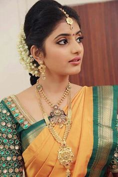 Different colour combo. Wedding Saree Blouse Designs, Silk Saree Blouse Designs, Blouse Patterns, Beauty Full Girl, Beauty Women, Front Hair Styles, Beautiful Girl Photo, Beautiful Models, Bollywood Girls