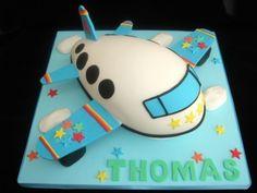 Boys plane cake
