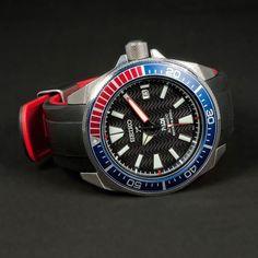 Seiko Samurai, Seiko Mod, Seiko Diver, Seiko Watches, Vintage Watches, Mens Suits, Chronograph, Omega Watch, Bracelet Watch