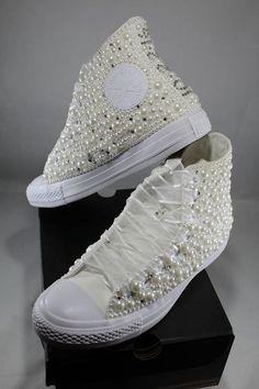 eb3dd4e8adb Converse novia zapatillas Bling   perlas Custom Converse