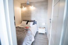 PROJEKT MIESZKANIE #2: Mała sypialnia bez okna - conchitahome.pl Malaga, Bed, Furniture, Home Decor, Stream Bed, Interior Design, Home Interior Design, Beds, Arredamento