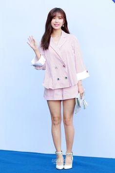 """okmyejin: """" 170329 Secret Hyosung at 2017 F/W HERA Seoul Fashion Week - ROMANCHIC Collection 1200 × 1800 """""""